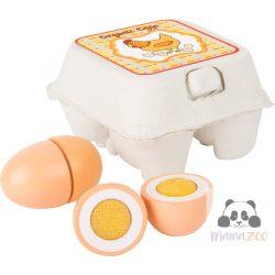 Fa tojások tartóban